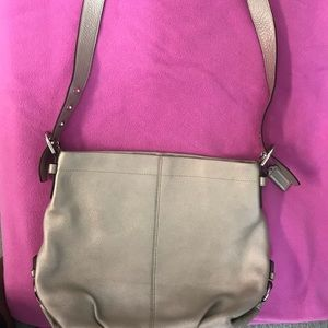 Women Coach Purse leather (used)
